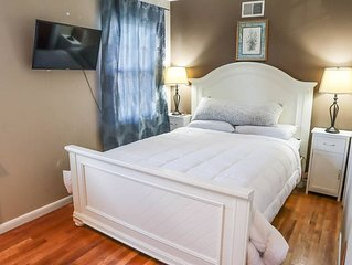 4 Bedrm Modern  Home Walk 5 Blocks to Journal Square - New York + Parking
