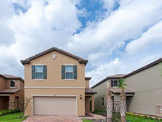5425 Amazing 5 BR Home By Disney Lazy River
