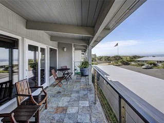 Beautifully appointed expansive ocean view condo. Newly remodeled.