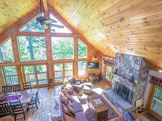 The 'Ski Hive' Luxury Mnt Log Home Trailside at Shawnee Peak: We Host Wedding