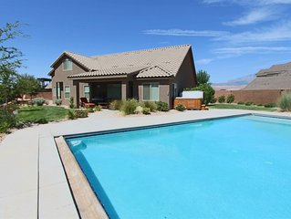 Private Pool, Private Hot Tub, Fire Pit - Ride OHV right to the dunes - 30 Min.
