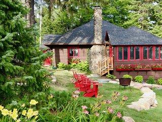 Snowshoe Cottage & Boathouse right on Mirror Lake