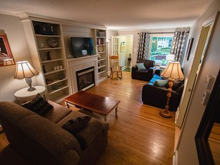 The Lily Pad - quaint home in Old Town NOTL
