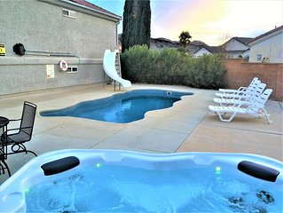 Private Pool & Hot Tub, 5 Bedroom 3 Bath House, 20 min to Zion National Park