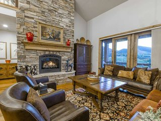 Exquisite 4BR/4.5BA Deer Valley Ski Home, Mountain & Lake Views, Private Hot Tu