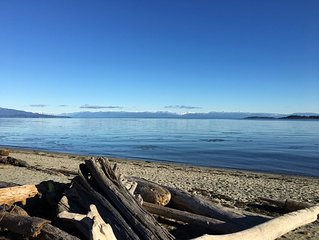 Parksville - family friendly Oceanside Village, self contained and disinfected!