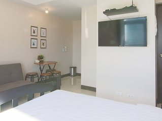 Cozy Manhattan Heights Unit Araneta Cubao 20MBPS