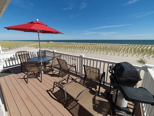 Lovely Oceanfront! Amazing Views! DISCOUNTED for one week
