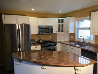 Quality w full  Amenities! Hot Tub Great Reviews!Location!CLEAN! Comfy Beds