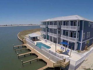 Luxury Sunset * Harbor View 4Bed/ 3Bath & Boat Slip! Huge Town home!