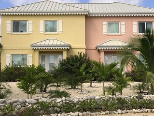 Coral Cottages: Two Oceanfront Villas with Infinity Pools in a Scuba Diver's Par