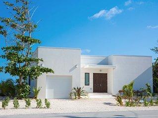 Blue Horizon: Newly Built Oceanfront Villa with Pool, Beach Pergola, & Stunning