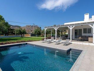 Casa Bianca Villa with private pool