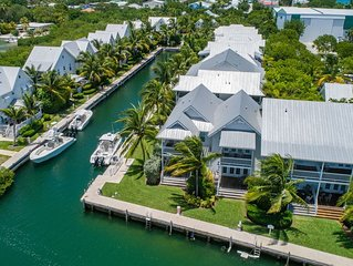 Coral Lagoon ~ Tropical Seahorse nightly and weekly rental with a FREE Boat Slip