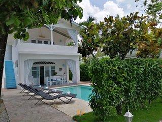 Villa de charme 80M plage-restaurants-bars-Kite/Piscine/Wifi/Étage
