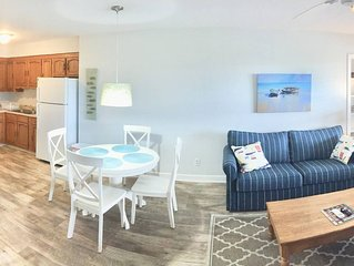 Beach Haven, NEW & Renovated, 2018! , less than 1 block to beach! Full kitchen.