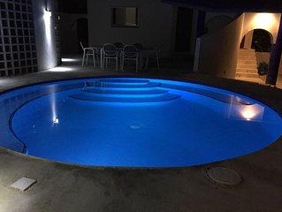 Amazing value! !beautiful Beach Villa with pool sleeps 6+