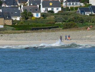Bretagne sud :à pied à la plage ,maison avec jacuzzi extérieur , 6 personnes