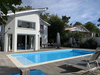 Agreable villa climatisee, piscine chauffee, ideale pour familles ou entre amis