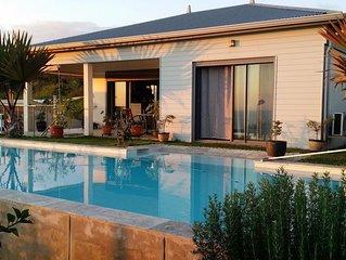 Villa  pour 4 personnes vue mer et grande piscine