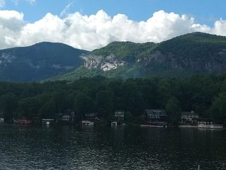 Lakefront - Cozy Cottage Directly On Beautiful Lake Lure!