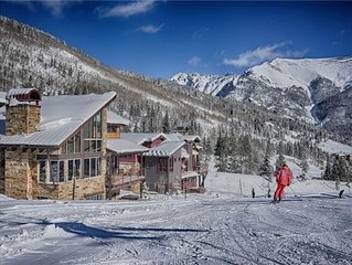 Warming Hut: True Ski-in/Out, Hot Tub, Video Wall, Pool Table, Shuttle