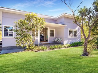 Sirocco :: Retro holiday home in Huskisson