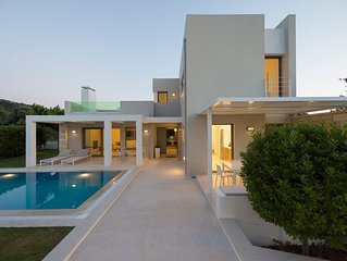 Eco Villa Gonia with garden and pool 8km from Rethymno (town)c