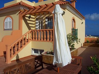 Villa With Private Heated Pool And Hot Tub