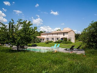Large villa for 6 to 12 people, forest and river edge with new pool