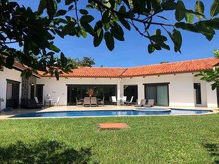 Amazing new 5 bedroom home, comfortably sleeps 16, in Hacienda Pinilla,Tamarindo
