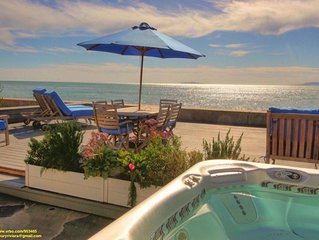 Rare on the Sand - Luxury & Romantic Seaside Ocean Front Getaway