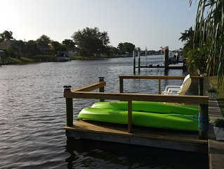 Cozy Waterfront/Private Pool Home-Great location!