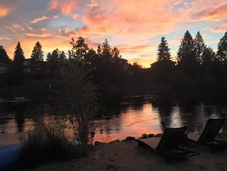 AWESOME Unobstructed Deschutes RIVER VIEW!  Downtown Bend