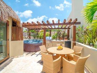 Winner of Top 25 Small Condo/Hotel in All Of Mexico - PH 3 Bedr -Beach Club - Pr