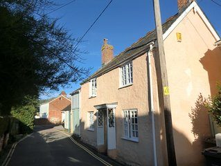 3 bed cottage to rent in Sidmouth - 3 mins walk from town and beach