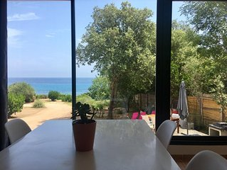 Villa mitoyenne au bord de l'eau, accès direct à la mer depuis le jardin