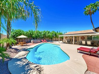 Private Oasis Right in Your Backyard – Walk to Dining and Shopping