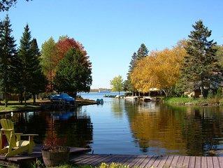 Cedar Cove - Charming with Modern Amenities, 2-Bdrm + bunkie, Waterfront, Flexib