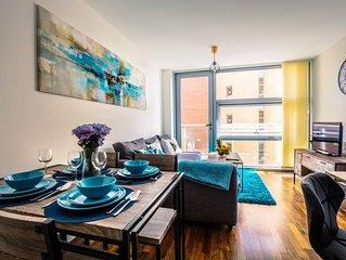 AVIOR Modern Luxury Lime Square Apartment