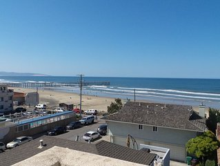 Stylish Townhome Mere Steps to the Beach w/ Free WiFi & Panoramic Ocean Views