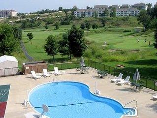Branson 1BR Condo w/Resort Pool, Free Wifi, Golf - 1 Mi. From all Attractions!
