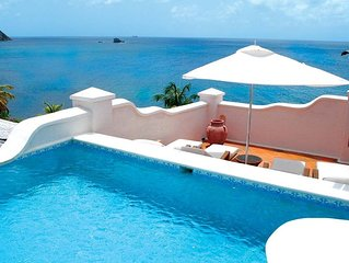 Stunning Views - Villa w/ Pool Access, Free WiFi & Fitness Center