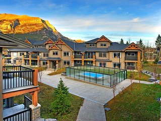 Clique Hotels & Resorts One Queen Bedroom, Executive Condo #1