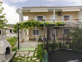 Ferienhaus More  - Vinisce, Riviera Trogir, Kroatien