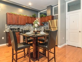 Center City 2 Bedroom / 2 Bath by Convention Center, New, Modern & Spacious (2A)