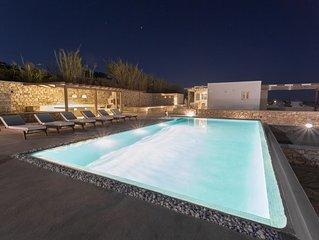H2O Private Villa Paros, infinity swimming pool, sea view lounge area, bbq & Bar