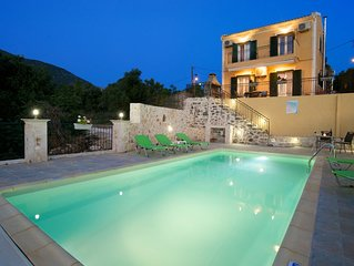 STUNNING TRANQUIL  VILLA WITH PRIVATE POOL CENTRAL LOCATION OF THE ISLAND
