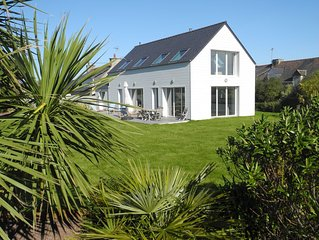 Grande villa lumineuse home cinéma,  proximité de la plage et du golf de PenGuen