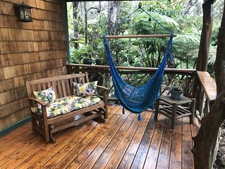 Whimsical & Charming ~ Private Home in Beautiful Hawaiian Rainforest